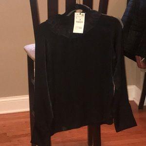 Zara blouse never worn